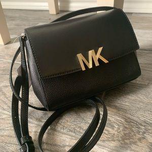 New MK Crossbody 🖤